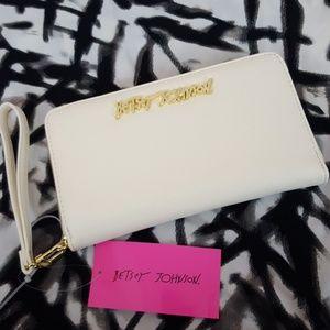 NWT Betsey Johnson Wallet Wristlet